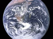 Planeta noastra, fotografiata de echipajul misiunii Apollo 17