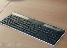 logitech-wireless-solar-keyboard-hands-on-12.jpg