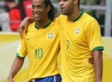 Ronaldinho si Adriano / hariansib.com