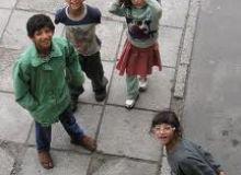 Copii sunt scosi la cersit pe strazile Londrei/commons.wikimedia.org