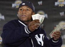 Floyd Mayweather stie sa faca bani/boxingdaypatch.com