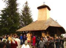 biserica lemn.260x500x0resized.jpg