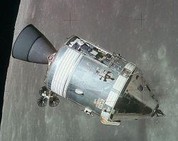 CSM pe orbita Lunii