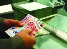 Cele mai mari cresteri salariale, in domeniul intermedierilor financiare