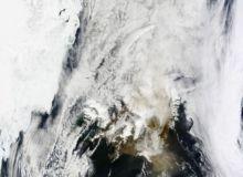 Eruptia vulcanului islandez poate dura cateva saptamani