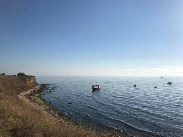 Ambarcațiuni pline cu imigranți iau cu asalt plajele stațiunilor românești de la Marea Neagră