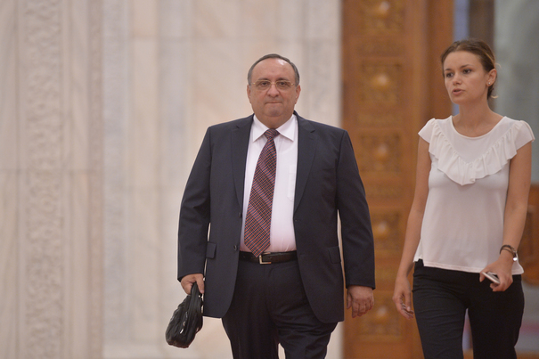 Mesaj al fostul şef SPP Dumitru Iliescu către ambasadorul Franţei: Nu faceți pe lupul moralist