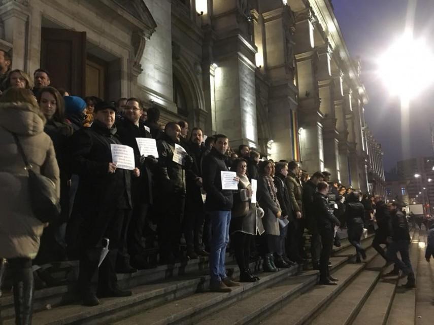 Toader: Magistraţii pot protesta în calitate de cetăţeni. Mă voi documenta dacă au încălcat legea