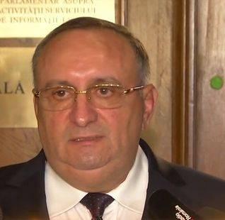 Fostul șef al SPP Dumitru Iliescu îl întreabă pe prim-adjunctul SRI dacă s-a văzut cu Florian Coldea