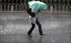 Weekend cu vreme rea: Ploi, ninsori și vânt în mai multe regiuni