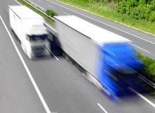 camioane-publimedia-shutterstock.jpg