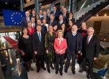 image-2019-11-28-23519416-46-membrii-comisiei-europene.jpg