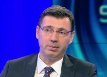ministrul-de-finante-ionut-misa-in-lacrimi-la-tv-lacrimile-de-crocodil-din-politica-video-490146.jpg