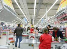 angajati-supermarket-gandul.info_-538x332.jpg