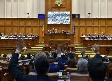 parlament-vot.jpg