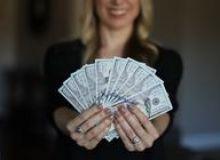 image-2020-09-21-24297665-46-fiecare-leu-primit-salariu-bugetar-angajatul-din-privat-lua-70-bani.jpg