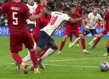 image-2021-07-8-24906157-41-raheem-sterling-penaltiul-care-calificat-anglia-finala-euro-2020.jpg