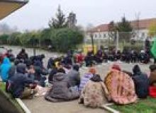 image-2020-11-26-24444094-46-migranti-sub-cerul-liber-timisoara.jpg